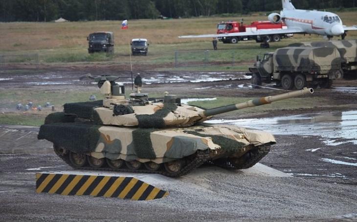 Tanky T-90MS či protivzdušné systémy S-400. Rusko a Indie prohlubují vojensko-technickou spolupráci
