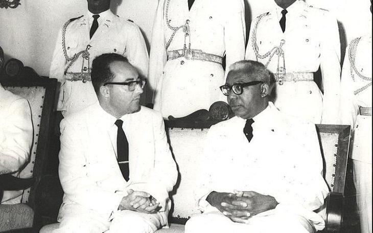 Vyznával voodoo, zorganizoval bandu hrdlořezů, prohlásil se za čaroděje. Prezident Francois Duvalier rozpoutal na Haiti vládu teroru a bizarních zvyků