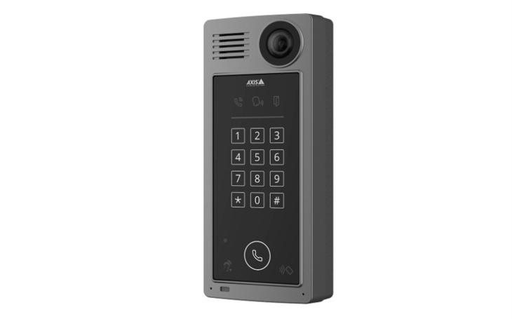 Axis představuje novou dveřní stanici. Multifunkční zařízení zajistí dohled, přístup i komunikaci