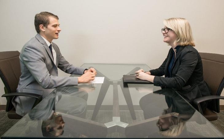Výběr pracovníka do managementu firmy a zneužití know-how