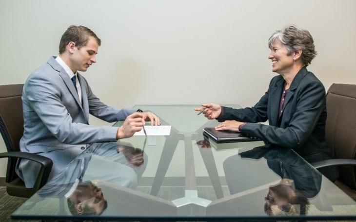 Riziko výběru zaměstnance do firmy? Modelová situace