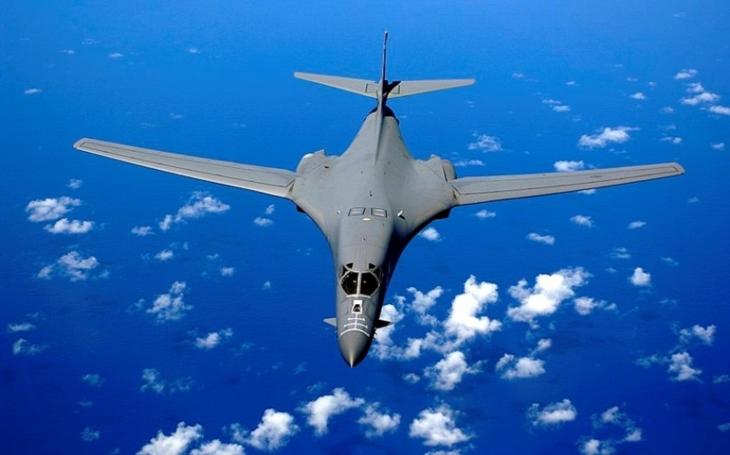 ,,Přikované&quote; Lancery. USAF má nedostatek bombardérů, které jsou připravené pro boj