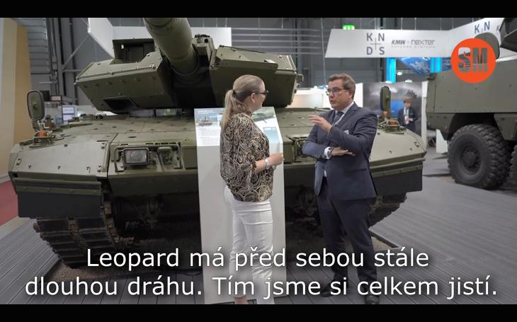 Tank Leopard 2: Ideální řešení pro náhradu starých T-72. Jde o hlavní evropský bitevní tank, řekl v rozhovoru Thomas Fritzsch z německého KMW