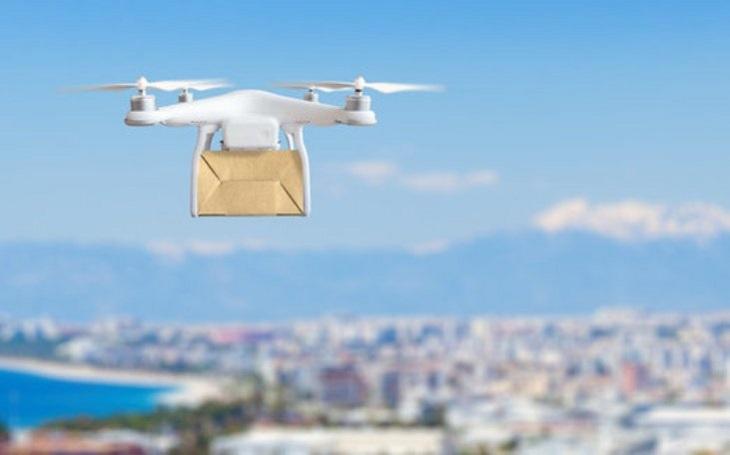 Budoucnost patří bezpilotním prostředkům. V některých oborech již budoucnost nastala, drony hlídají objekty i bojují s požáry