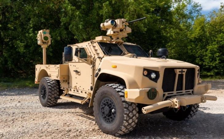Námořní pěchota testuje prototyp laserového systému CLWS