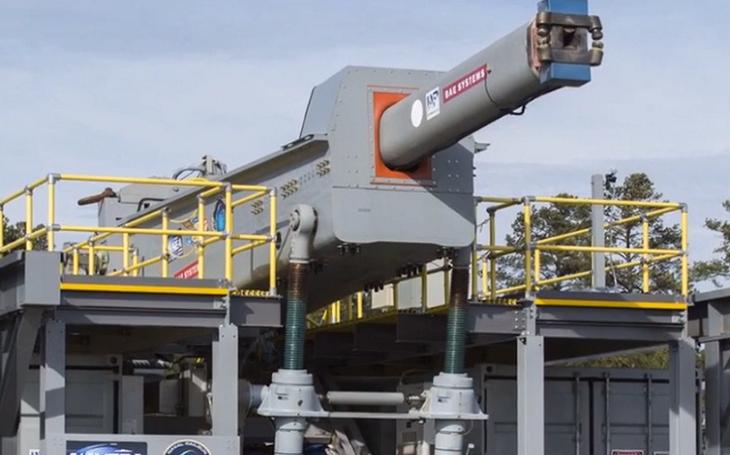 US Navy začala s testováním pokročilé verze railgunu