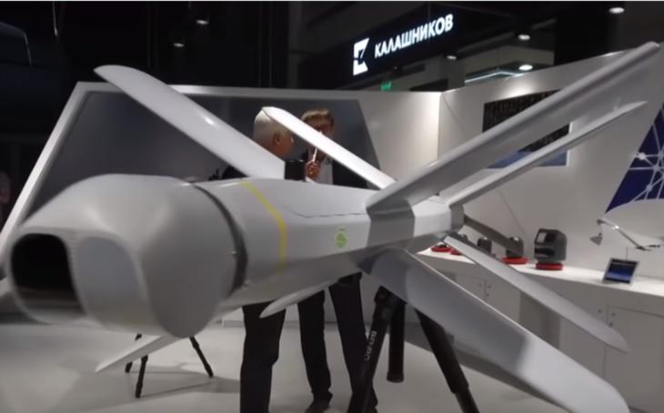 VIDEO: Kalašnikov není jen slavná puška. Ruská společnost představila kamikaze dron nové generace