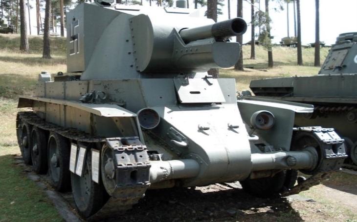 Samohybné dělo BT-42 - finské ,,kladivo&quote; na živou sílu nepřítele