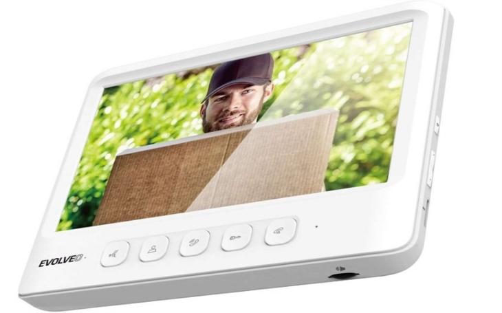 Pro bezpečnější digitální domácnost. Sada vchodového videotelefonu EVOLVEO DoorPhone ve standardu IK06 a IP44