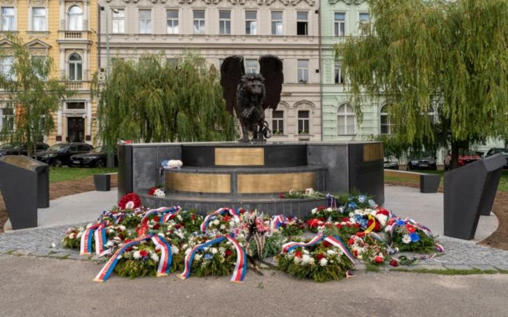 Pietní akt k uctění památky československých letců RAF