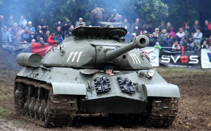 Tankový den nabídne dvě bitvy a ukázky čtyř konstrukčních škol pozemní techniky
