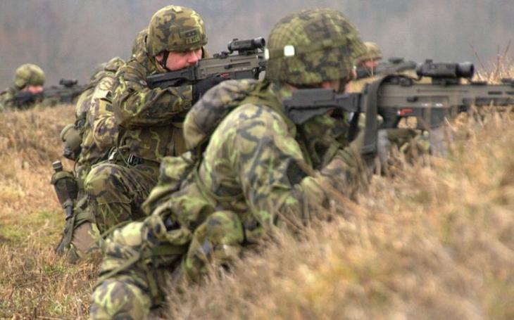 Budou příslušníci aktivních záloh bráni jako plnohodnotní vojáci? (komentář Lumíra Němce)