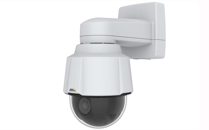 Nová výkonná PTZ kamera Axis nabízí lepší zabezpečení a možnosti rozšířené videoanalýzy