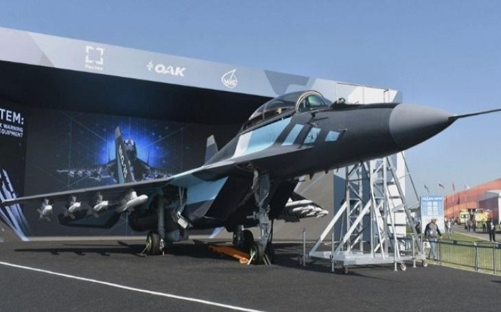 MAKS 2019: Exportní verze MiGu-35 a Su-57 představeny