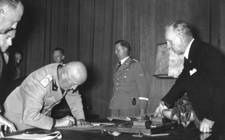 Geopolitická situace Československa v září 1938 byla mimořádně nepříznivá, říká k 81. výročí podepsání Mnichovské dohody historik Vít Smetana
