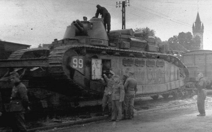 Francouzské tankové monstrum Char 2C provázela smůla. Na bojiště se nakonec nedostalo