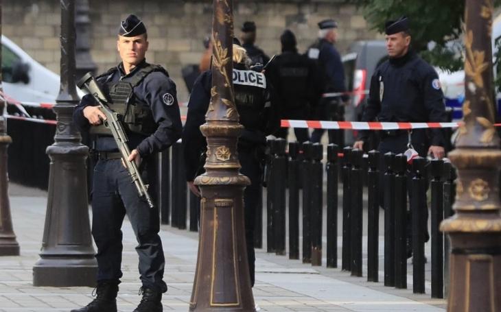 Pařížský vrah měl na flešce adresy a další údaje svých kolegů a propagační videa Islámského státu