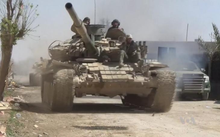 Syrská armáda se přesunuje na sever země, aby čelila turecké invazi
