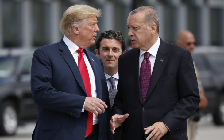 Prezident Trump rozhodl o co nejrychlejším stažení amerických vojáků ze Sýrie. Turecko provokuje ve vodách kolem Kypru