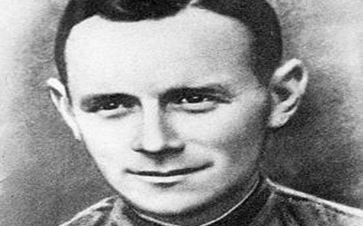 """Zapomenuté příběhy – """"Neměli jste mi sahat na tátu"""": Voják Wehrmachtu hrdinou SSSR"""