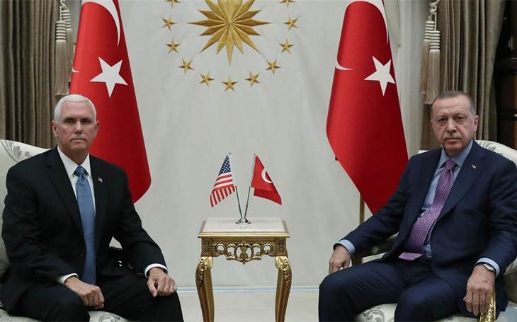 Dohoda Trumpa s Erdoganem - oba partneři ji interpretují po svém. Turecko dostalo, co chtělo