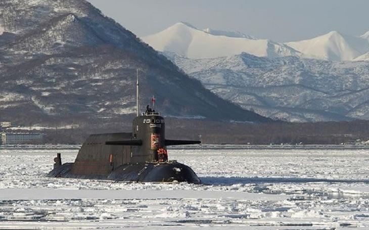 Problém ruské balistické ponorky před očima Putina