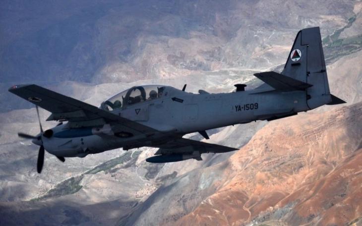 USAF kupuje lehké bitevní letouny A-29 Super Tucano a AT-6 Wolverine