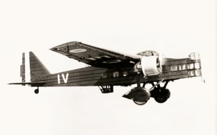 Těžkopádný letoun Aero MB-200 připomínal krabici. Přesto jej zařadili do výzbroje československého letectva