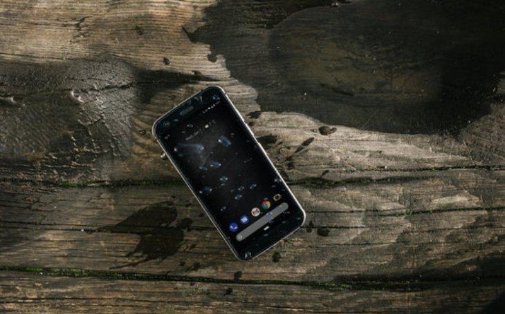 Společnost Cat® Phones představuje mimořádně tenký odolný telefon Cat S52. Vejde se do každé kapsy, a přesto se dokáže vyrovnat s jakýmikoli podmínkami