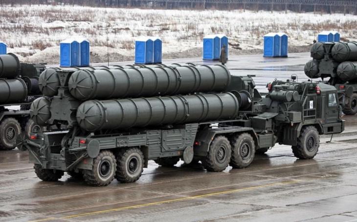 Turecko zařadí protiletadlový systém S-400 do bojové služby na jaře 2020
