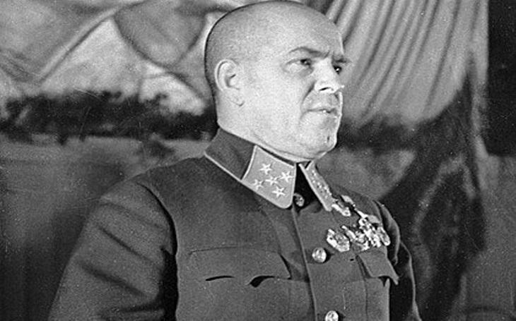 Jak slavný maršál Žukov přežil stalinské čistky a stal se hrdinou SSSR
