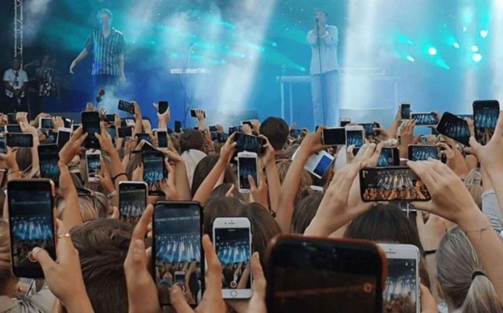 Ericsson Mobility Report: Počet uživatelů 5G vzroste do roku 2025 na 2,6 miliardy