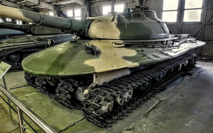 Nezastavitelný Objekt 279 - Sovětský supertank do třetí světové vydržel vše. Jen Chrusčova ne