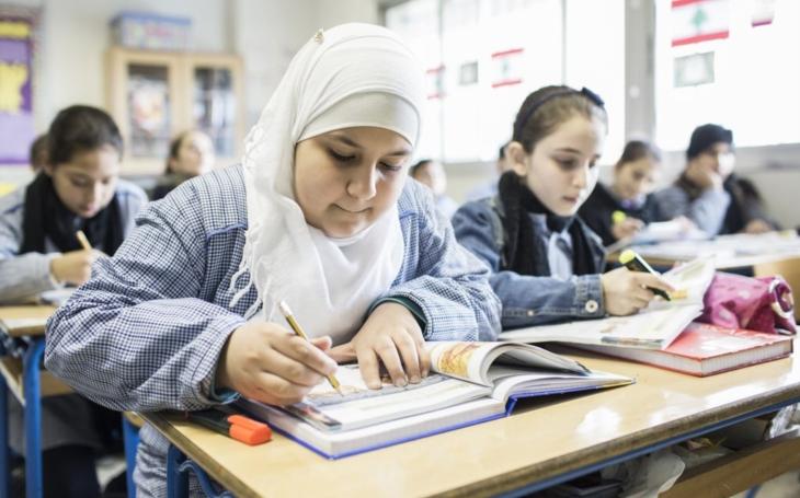 KOMENTÁŘ: Kauza Hidžáb – náboženský pluralismus, nebo islámský fundamentalismus?