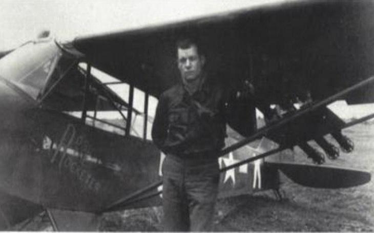 Zapomenuté příběhy - Místo stíhačky nafasoval průzkumný letoun. I tak zlikvidoval čtyři tanky