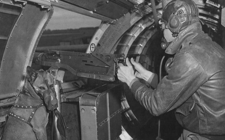 První let bez maskota dopadl katastrofou. Nezapomenutelný střelec bombardéru B-17 přišel o život