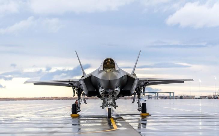 Zničení vlastním kanonem? Letoun F-35 a jeho největší současný problém