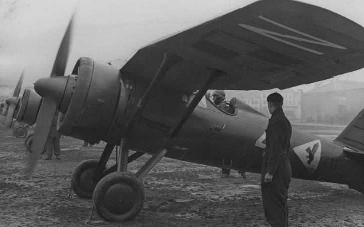 První vzdušná vítězství ve válce: Německý bombardér sestřelil polskou stíhačku, pilot druhého stroje se Luftwaffe pomstil záhy