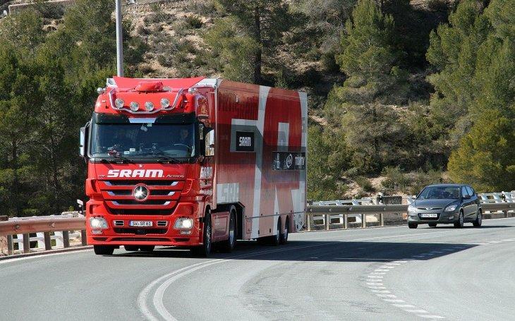 Jak řecký soud a úředníci zlikvidovali českého řidiče kamionu