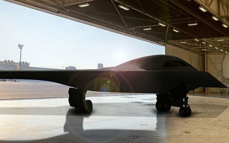 Nakoupí americké letectvo až 220 neviditelných bombardérů B-21 Raider?