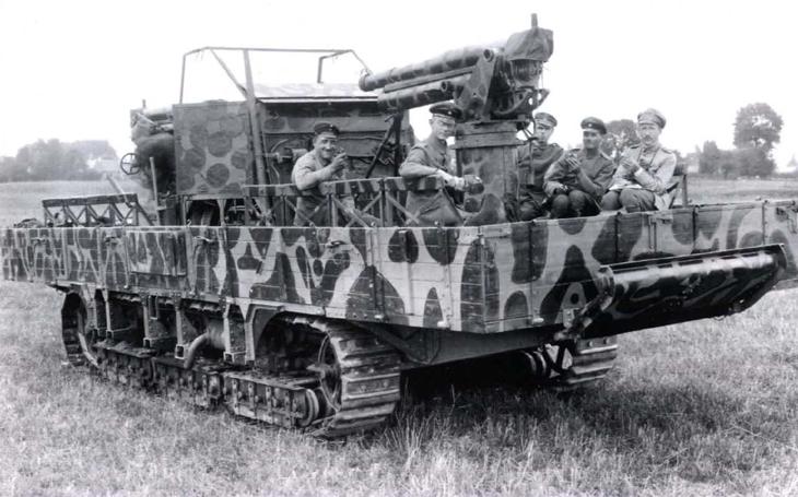 Flakpanzer A7V - první protiletadlový tank historie žádné letadlo nesestřelil