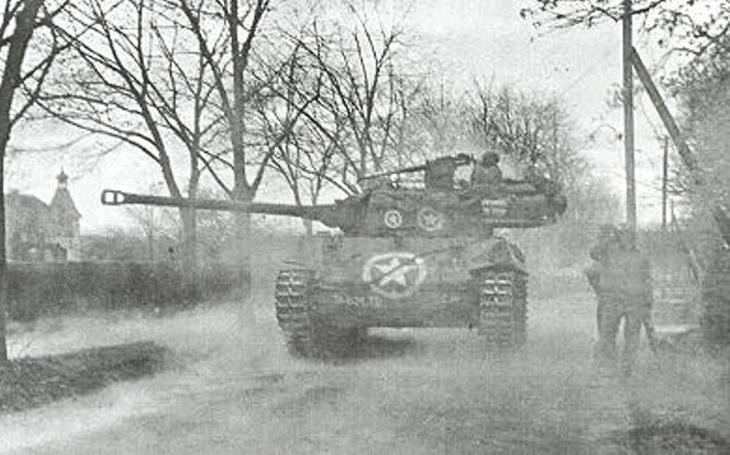 Nenápadný rychlý stíhač tanků M18 byl postrachem německých tankistů