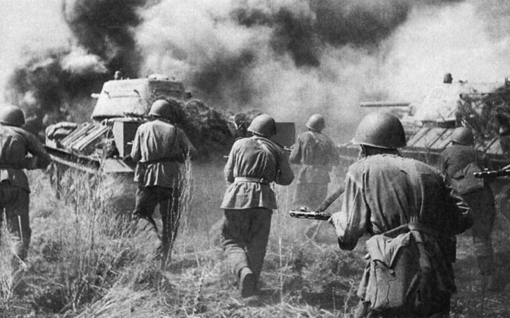 Devět životů Vasilije Brjuchova – sovětské tankové eso proti Pantherům a Tigrům