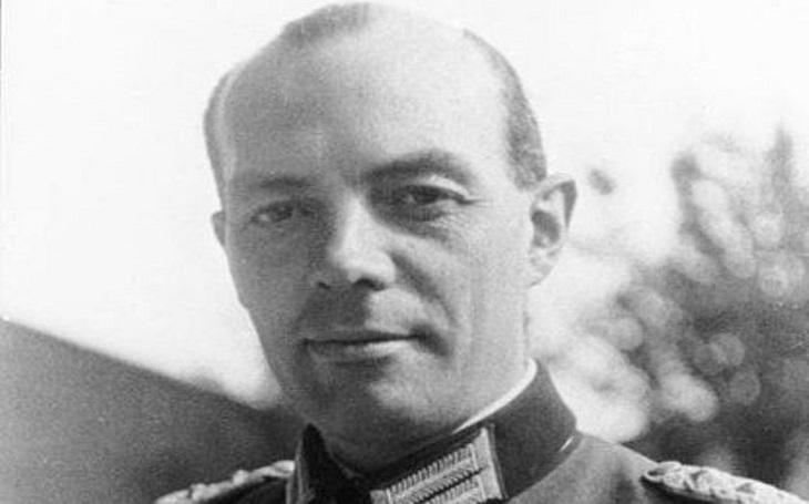 Dvě bomby pro Hitlera: Šťastný ,,únik&quote; diktátora jen o vlásek a neodhalený atentátník