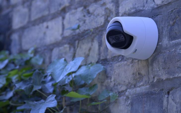 Axis uvádí novou generaci cenově dostupných kamer s vysokou kvalitou obrazu a vestavěným IR přísvitem