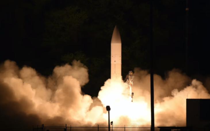 Spojené státy úspěšně vypustily hypersonický kluzák C-HGB