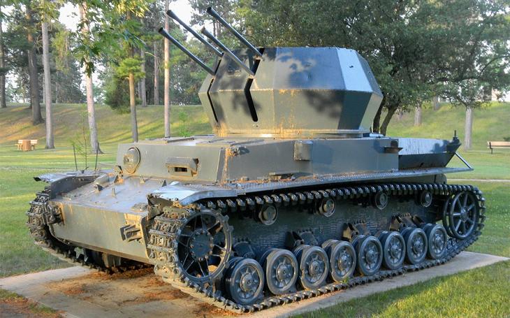 Teplice jako výrobna &quote;vzdušných vírů&quote;. Jak vypadaly německé protiletadlové tanky Wirbelwind?