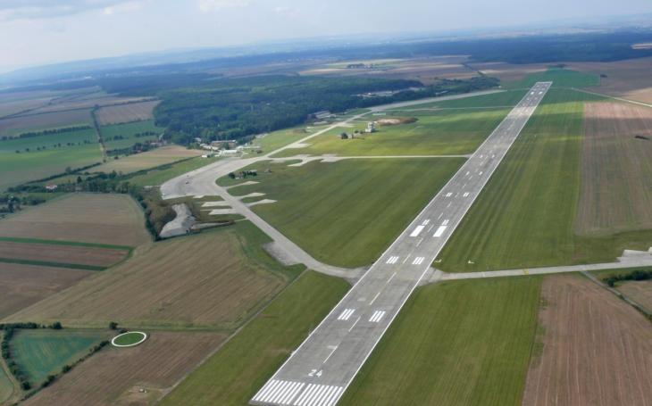 Státní podnik LOM PRAHA se zapojil s českými piloty do projektu Piloti lidem