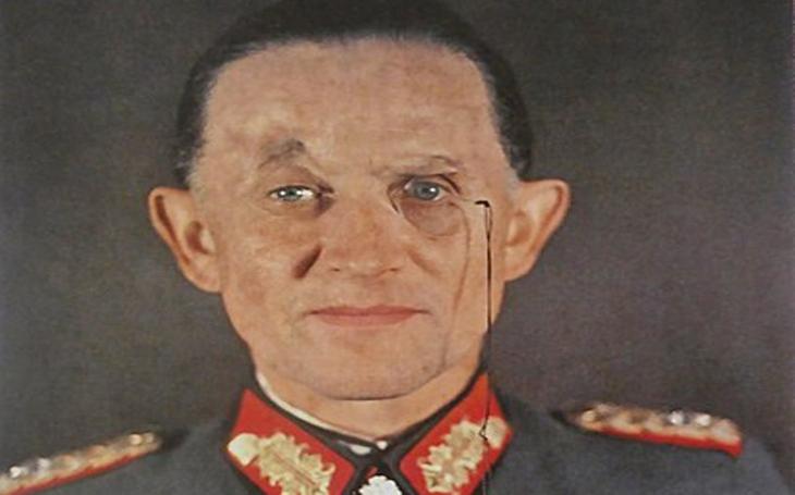 Dovolil si oslovit nacistického diktátora ,,pane Hitlere&quote;. Doživotní vozíček však vzpurnému generálovi zařídili až Sověti