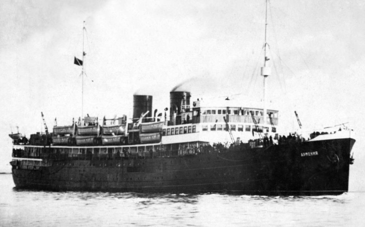 Katastrofa lodi Armenia torpédované nacistickým Heinkelem se rovnala potopení pěti Titaniků